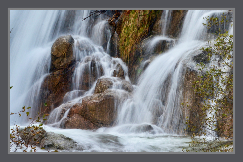 Alain Brasseur - Phot'eau...  3 ..cascade sur la Gourdouze   ( Lozère )